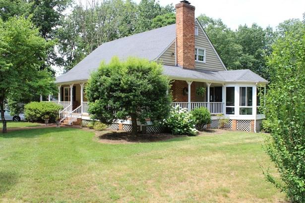 Cape Cod, Single Family Residence - Appomattox, VA (photo 1)