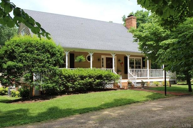 Cape Cod, Single Family Residence - Appomattox, VA (photo 3)