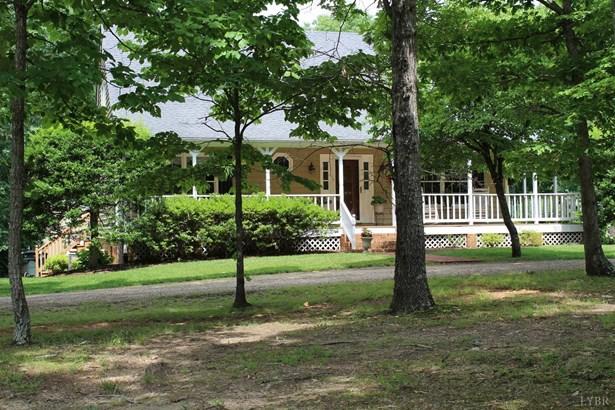 Cape Cod, Single Family Residence - Appomattox, VA (photo 5)