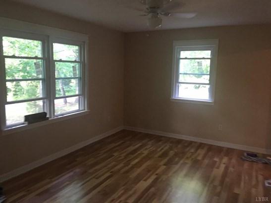 Single Family Residence, Ranch - Red House, VA (photo 2)