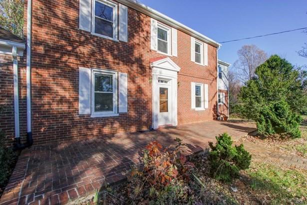 Single Family Residence, Two Story - Amherst, VA (photo 4)