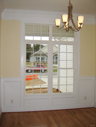 Single Family Residence, Ranch - Evington, VA (photo 4)
