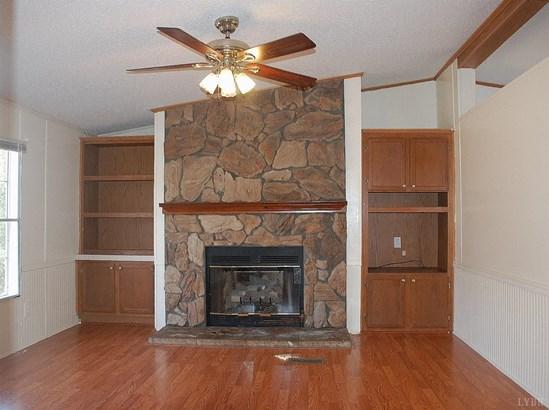 Single Family Residence, Doublewide - Rustburg, VA (photo 5)