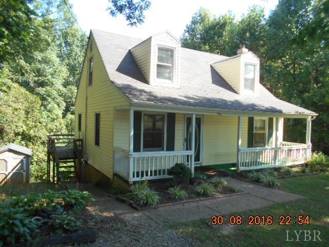 Cape Cod, Single Family Residence - Amherst, VA (photo 1)