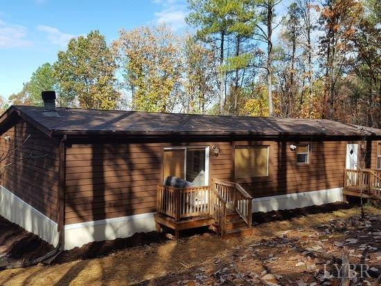 Single Family Residence, Doublewide - Gretna, VA (photo 2)