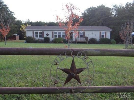 Single Family Residence, Doublewide - Altavista, VA (photo 1)