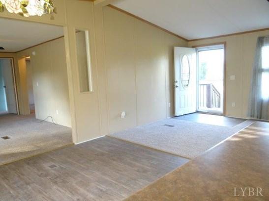 Single Family Residence, Doublewide - Altavista, VA (photo 2)