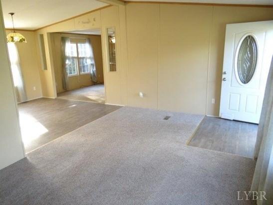 Single Family Residence, Doublewide - Altavista, VA (photo 3)