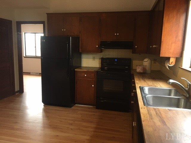 Single Family Residence, Contemporary - Madison Heights, VA (photo 5)