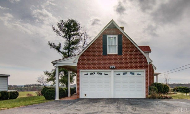 Cape Cod, Single Family Residence - Bedford, VA (photo 2)