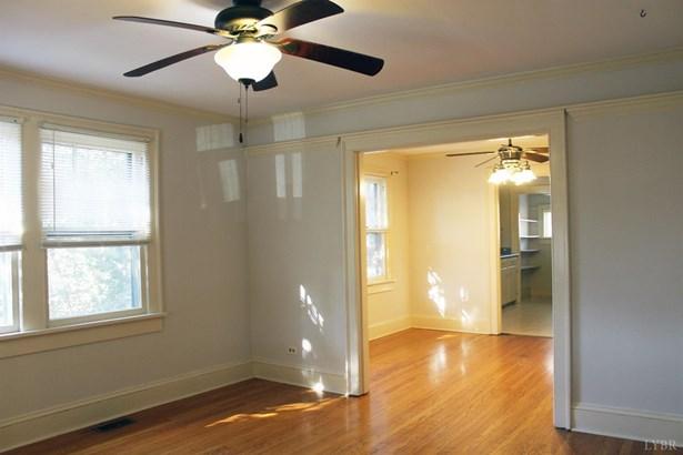 Single Family Residence, Bungalow - Lynchburg, VA (photo 2)