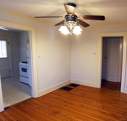 Single Family Residence, Bungalow - Lynchburg, VA (photo 5)