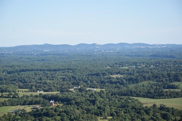 A-frame, Single Family Residence - Monroe, VA (photo 3)