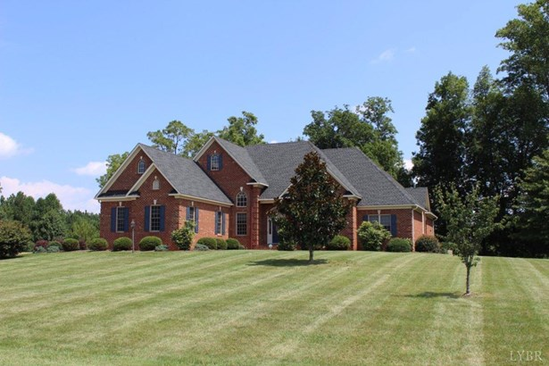 Single Family Residence, Ranch - Amherst, VA (photo 4)