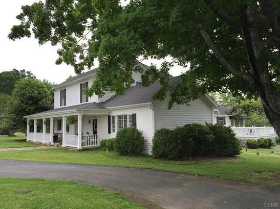 Farm House, Single Family Residence - Lynchburg, VA (photo 1)