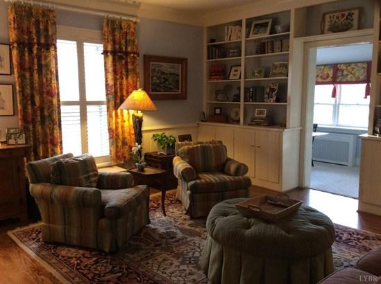 Farm House, Single Family Residence - Lynchburg, VA (photo 4)