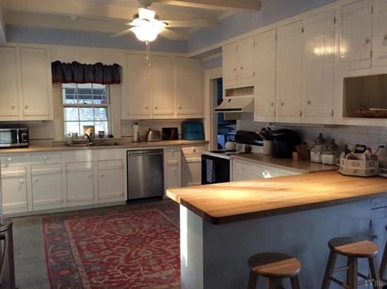 Farm House, Single Family Residence - Lynchburg, VA (photo 5)