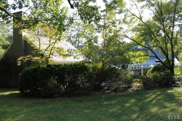 Cape Cod, Single Family Residence - Lynchburg, VA (photo 2)