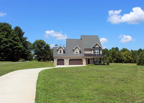 Single Family Residence, Two Story - Forest, VA (photo 2)