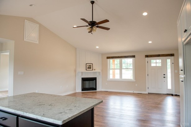 Single Family Residence, Ranch - Rustburg, VA (photo 5)
