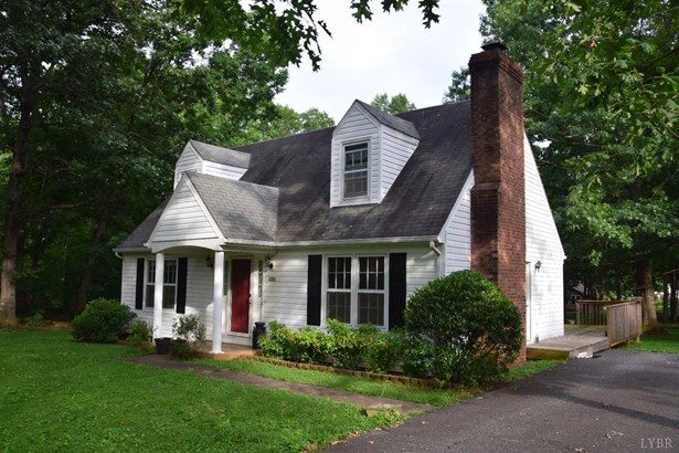 Cape Cod, Single Family Residence - Madison Heights, VA (photo 1)