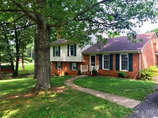 Split Level, Single Family Residence - Lynchburg, VA (photo 2)