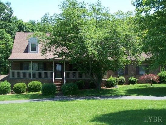 Cape Cod, Single Family Residence - Concord, VA (photo 1)