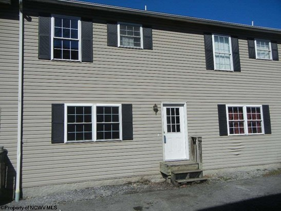 Townhouse, Two Story - Fairmont, WV (photo 1)