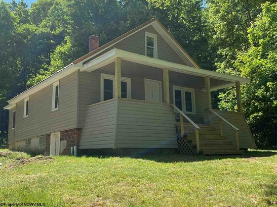 Raised Ranch, Detached - Bruceton Mills, WV