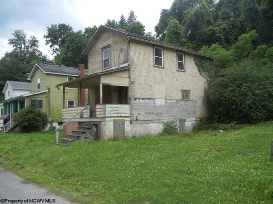 Traditional,Two Story, Detached - Osage, WV (photo 2)