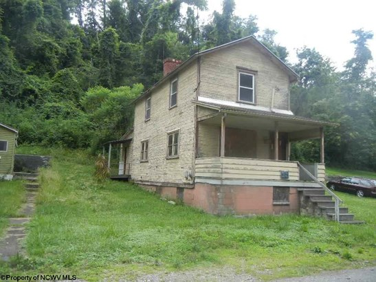 Traditional,Two Story, Detached - Osage, WV (photo 3)