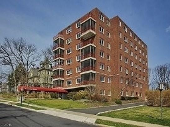 11 Euclid Ave, Unit 2 A 2a, Summit, NJ - USA (photo 1)