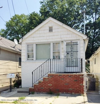 Single Family - Detached,Bungalow, Bungalow - Staten Island, NY (photo 1)
