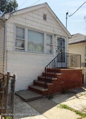 Single Family - Detached,Bungalow, Bungalow - Staten Island, NY (photo 3)