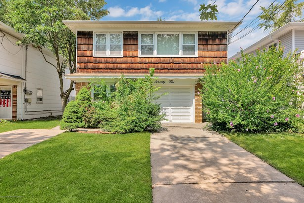 Two Family - Detached,Hi Ranch, Hi Ranch - Staten Island, NY