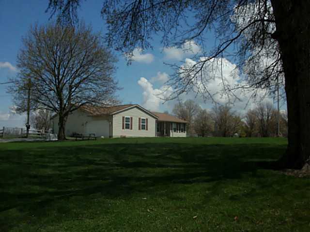 Morenci St 406, Lyons, OH - USA (photo 2)