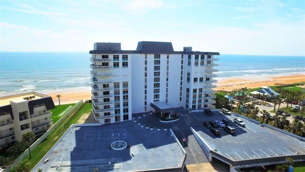 Condominium - Ormond-by-the-Sea, FL