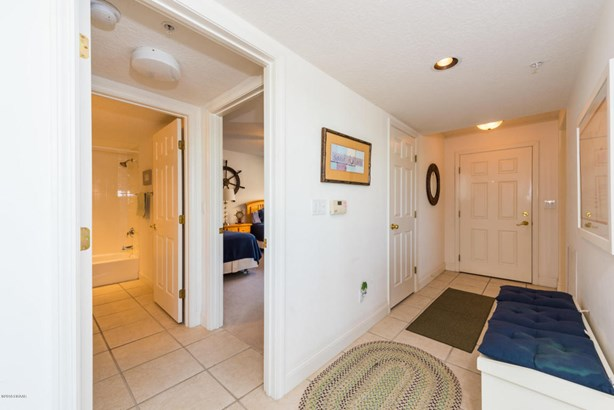 Condominium, Modern - Ponce Inlet, FL (photo 3)