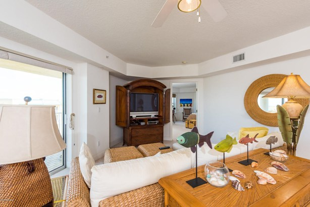 Condominium, Modern - Ponce Inlet, FL (photo 5)