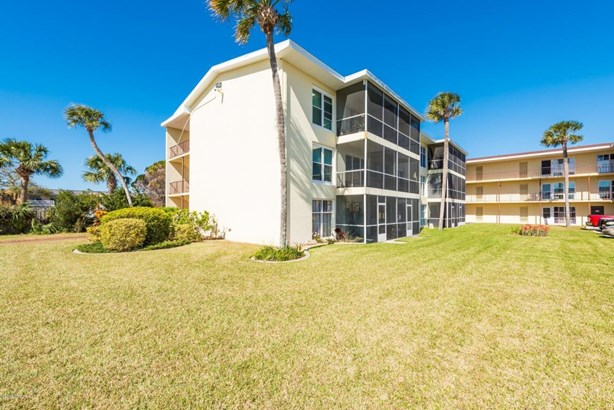 Condominium - Daytona Beach, FL (photo 1)