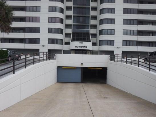 Condominium, Modern - Daytona Beach, FL (photo 3)