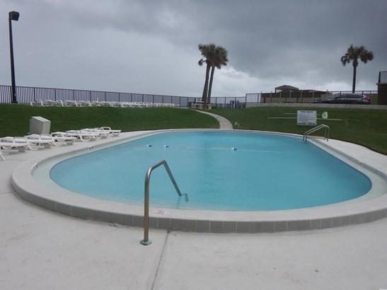 Condominium, Modern - Daytona Beach, FL (photo 4)