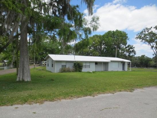 Ranch, Single Family - Astor, FL (photo 1)