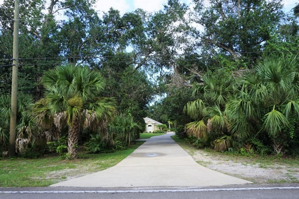 Traditional, Single Family - Flagler Beach, FL (photo 5)