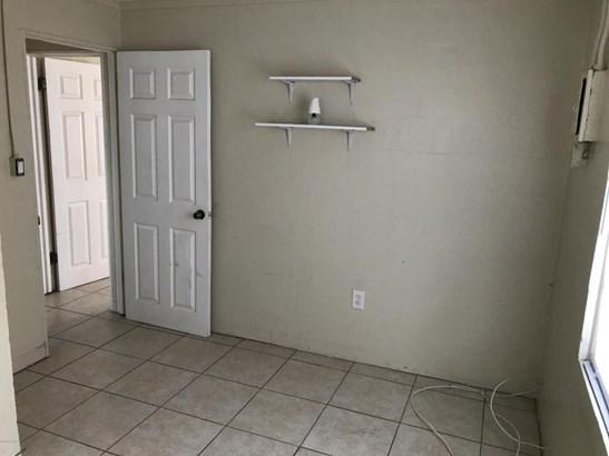 Bungalow, Single Family - Daytona Beach, FL (photo 4)