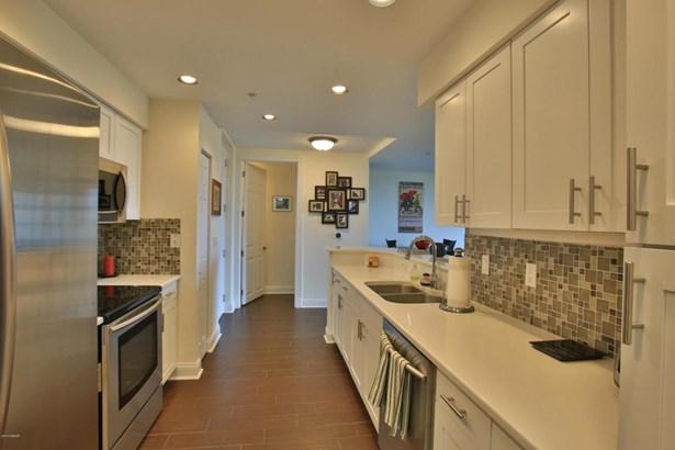 Condominium, Modern - Ponce Inlet, FL (photo 4)