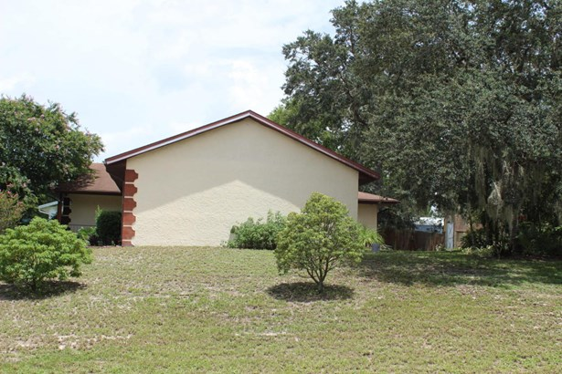 Single Family - Deltona, FL (photo 4)