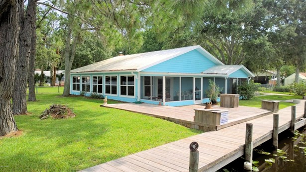 Single Family - Astor, FL (photo 1)