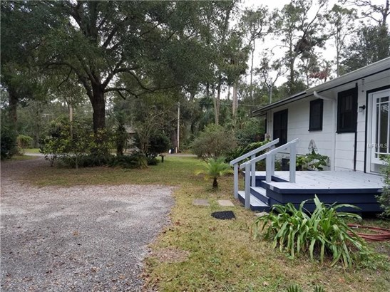 Single Family Home, Bungalow - LAKE HELEN, FL (photo 3)