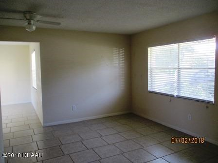 Ranch, Single Family - Deltona, FL (photo 4)